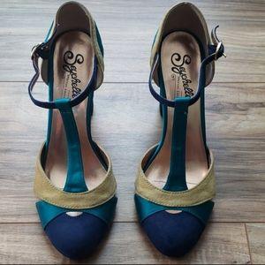 Seychelles Limited Edition heels.